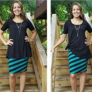 Black Lularoe Perfect  T- Fits Sizes 8-14